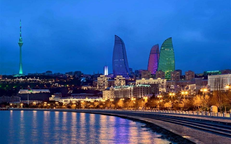 IN AZERBAIGIAN PER RICUCIRE I RAPPORTI CON L'UE